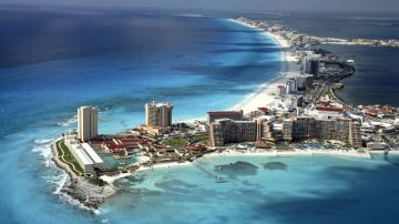 WARNING: Do NOT Go To American Spring Break In Cancun
