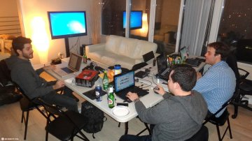 Crazy 30 Hours LAN Party in Toronto: MattLAN 12