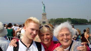Upclose: Statue Of Liberty & Ellis Island In New York City